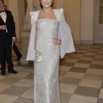 Maria Lucia i en kjole af Lasse Spangenberg til bal på slottet...